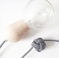 #luz #lámpara #lámparademadera #bombilla #bombeta #llum #disseny #diseño #designandwood #nordictales #nordic #brightsprout
