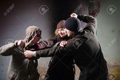 طرح مقدم حول الابعاد النفسيه لممارسة العنف فى الوسط الشبابى