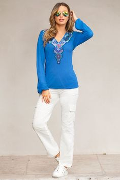 Boho Outfits, Casual Outfits, Casual Wear, Unique Clothes For Women, Bohemian Chic Fashion, Embellished Jeans, Professional Attire, Weekend Outfit, Look Chic