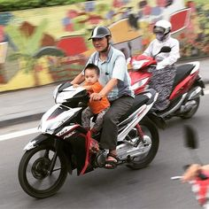 Take me back to Hanoi where road rules are mere suggestions! Road Rules, Vietnam Travel, Throwback Thursday, Hanoi, Kids, Photography, Art, Young Children, Art Background