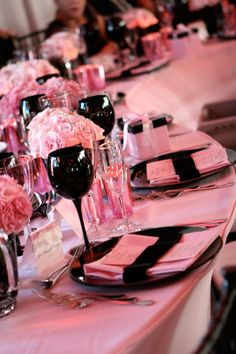 Pink, Black & White wedding