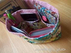 View details for the project Floral Purse Organizer on BurdaStyle.