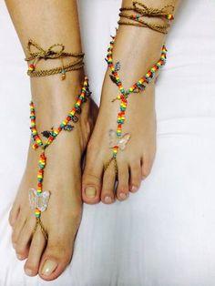 http://produto.mercadolivre.com.br/MLB-834271015-sandalia-pes-descalcos-mandala-barefoot-borboleta-2-pares-_JM