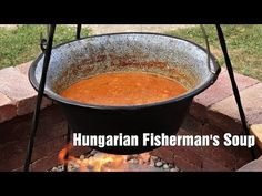 What Hungarians eat for Christmas – Recipe VIDEOS – Daily News Hungary Hungarian Desserts, Hungarian Cuisine, Hungarian Recipes, Cabbage Recipes, Soup Recipes, Recipies, Budapest Christmas Market, Poppy Seed Filling, Food Videos