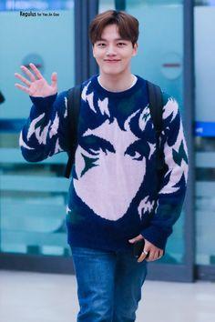 Jin Goo, Handsome Korean Actors, Ji Chang Wook, Seong, K Idols, Kdrama, Fangirl, Kpop, Outfits