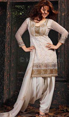 Cotton Block Printed Patiala Salwar Price: Usa Dollar $66, British UK Pound £39, Euro48, Canada CA$71 , Indian Rs3564.