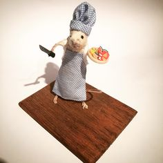 Taxidermy chef mouse