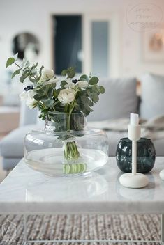 White Harmaja focuses heavily on interior design and home decoration in a modern timeless Table Flowers, Diy Flowers, Flower Vases, Flower Decorations, White Flowers, Beautiful Flowers, Deco Floral, Arte Floral, Floral Centerpieces