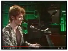 David Bowie on BBC Old Grey Whistle Test playing Oh! You Pretty Things. Live Tv Show, David Bowie, Bbc, Tv Shows, Music, Pretty, Youtube, Musica, Musik