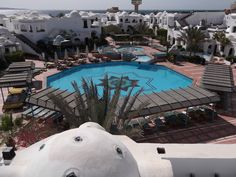 Das Hotel, Outdoor Decor, Environment, Interesting Facts, Vacation, Tips