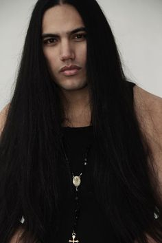 Meet Native Actor Will Rayne Strongheart, Beautiful and Proud Ojibway Man – Page 2 – Native American Indian Po Native American Models, Native American Images, Native American Beauty, American Indians, Gorgeous Men, Nativity, Portraits, Long Hair Styles, Saskatchewan Canada