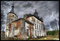 "Castle Hogemeyer, Belgium. The origin of this castle goes back to 1323 under the name ""Court of Landeloos"" & was in the possession from a family coming from Tienen Landeloos.     It is the family de l'Escaille which formed the basis of the present castle that build the manor around 1750.     In 1860 the Baron Emile Joseph De Turk changed the modest cottage into the castle. He also added the Neo-Geothic chapel with watchtower in 1859."