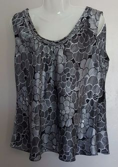 Women's Spense Size L Black & White Floral Print Sleeveless Blouse Tank Top…