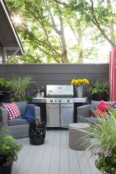 You'll be eager to fire up the grill and cook up some North Carolina BBQ for your first big party! We've set you up with all the bells and whistles. >> http://www.hgtv.com/design/hgtv-urban-oasis/2015/deck-pictures-from-hgtv-urban-oasis-2015-pictures?soc=pinterest
