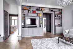 """Style by Lojs on Instagram: """"Project i did at @christianmarkborn beautiful apartment! 🖤Älskar att vara mammaledig men saknar mina projekt också såklart 🛠🖤"""" Home Bedroom, Home Living Room, Armoire Tv, Built Ins, Bookshelves, Decoration, House Design, Interior Design, Home Decor"""