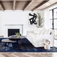 Featuring a sleek silhouette, the Avery Sofa is available in a range of upholstery options. Interior Design Services, Home Interior Design, Navy Rug, Bespoke Furniture, Premier Designs, Design Consultant, Coastal Living, Modern Interior, Upholstery