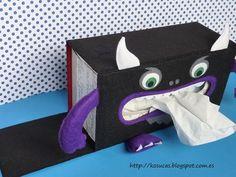 Kosucas : Funda de caja de pañuelos monstruosa de fieltro.