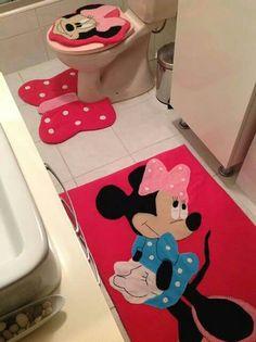 A Bathroom Crafts, Bathroom Sets, Disney Shirts For Family, Disney Family, Applique Patterns, Crochet Carpet, Living Room Shelves, Disney Home, Ideas