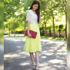 saia-midi-plissada-amarela-neon-comprar-hora-de-diva