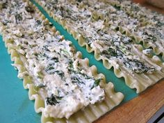 Budget Bytes: spinach lasagna roll ups $8.01 recipe / $1.14 serving Think I want to try these with either thinly sliced zucchini, eggplant, or flattened chicken