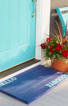 Send a welcome greeting and a fond farewell with this easy-to-make floor mat.