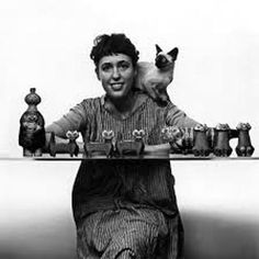 Ceramic Animals, Cat People, Scandinavian Art, Siamese Cats, Ceramic Artists, Retro, Cool Cats, Pottery Art, Les Oeuvres