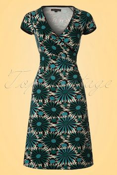 King Louie Cross Dress in Teal and Creme 100 57 20293 20170428 Retro Outfits, Stylish Outfits, Vintage Outfits, Vintage Fashion, Vintage Tops, Retro Vintage, Stunning Redhead, Ab Fab, King Louie
