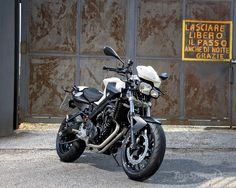 BMW F800R (2013) Motorcycle