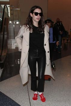 Emma Roberts At Lax Airport In Los Angeles