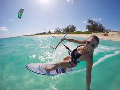 yes please! Paragliding, Windsurfing, Wakeboarding, Beach Volleyball, Power Kite, Surfing Videos, Cycling Girls, Sup Surf, Deporte
