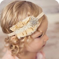 Cute vintage headband. Would look so cute on Connie!