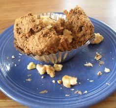 YUMMY Vegan Banana Walnut Muffins. (doesn't taste vegan & {they're healthy})