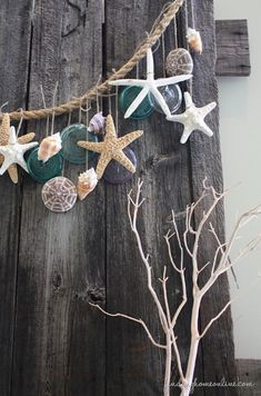BeachDecoratingGarland thumb Simple Summer Decorating – Beach Garland I know AZ is  a little ways away from the ocean.. But I can dream about a beach house , right?