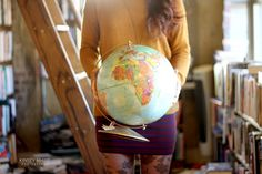 love her outfit.and the globe Globe Photography, Becoming A Teacher, Second Language, Future Classroom, Small World, Teaching English, Beautiful Children, Vintage Industrial, Pretty Pictures