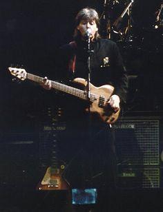 Ringo Starr, George Harrison, Paul Mccartney, John Lennon, All You Need Is Love, American Walnut, Concert, The Beatles, Guitars