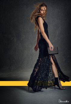 Vestido - Hailey Logan / Bolsa - Sondra Roberts / Zapatos - Jessica Simpson - El Palacio de Hierro - #Generación2015
