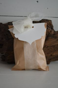 Bag topper from Ivory card stock --- DIY favor bags, DIY wedding invitation, elegant bag topper, party favors or wedding favors