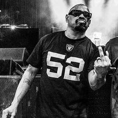 """Mi piace"": 3,253, commenti: 56 - Sen Dog of Cypress Hill (@sendog) su Instagram: ""Big time W for tha @RAIDERS ☠️👊🏾"" Cypress Hill, Big Time, Raiders, Instagram Posts, Dogs, Pet Dogs, Doggies"