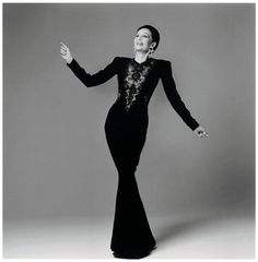 Jacqueline de Ribes. Photo: Francesco Scavullo/The Metropolitan Museum of Art