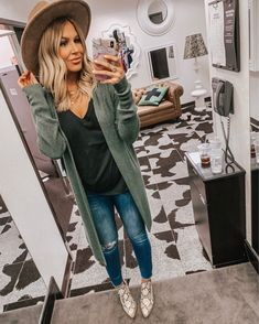 Top Favorite Outfits I bought from the Nordstrom Anniversary Sale – (part – Hollie Elizabeth Fashion Mode, Look Fashion, Fashion Outfits, Womens Fashion, Lifestyle Fashion, Fashion Beauty, Fashion Hats, Fashion Clothes, Trendy Fashion