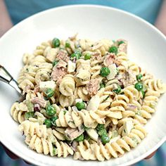 Need a HUGE bowl of this...ppl love tuna in the summer!  Twisted Tuna Pasta Salad...no raw onions, no raw celery...kid-friendly. Add broccoli slaw to replace raw onions/celery for extra crunch :)