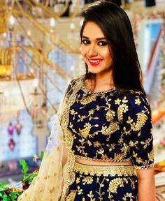 Jannat zubair cute and hot and bollywood item Indian actress model unseen latest very beautiful and sexy wedding selfie naughty smile images. Indian Dresses, Indian Outfits, Indian Clothes, Father Of The Bride Outfit, All Black Dresses, Designer Party Wear Dresses, Designer Wear, Teen Celebrities, Celebs