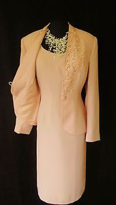 GINA BACCONI Peach Dress & Jacket with Lacy Appliqué, size UK12, suitable for Mature Bride, Mother of the Bride/Groom, Wedding Guest, Cruise, Races or any Special Occasion...  Same designer as the red, much better colour!