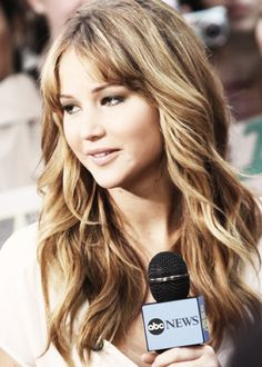 Jennifer Lawrence   .....rh