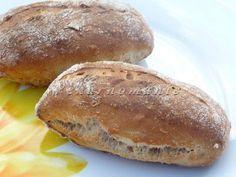 Ovesné kváskové dalamánky Sourdough Recipes, Bread Recipes, Czech Recipes, Pan Bread, Bread Rolls, Hot Sauce Bottles, Bakery, Good Food, Food And Drink