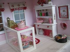 Brookhollow Lane: Valentine Pretties and Gallery Wall