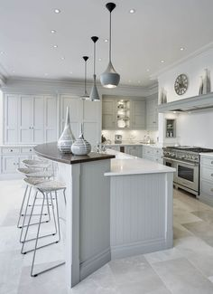 Grey Family Kitchen – Tom Howley This grey family kitchen is a contemporary take on classic shaker kitchen design, the island caters for all your kitchen dining needs. Family Kitchen, Living Room Kitchen, Diy Kitchen, Kitchen Interior, Kitchen Decor, Kitchen Ideas, Awesome Kitchen, Kitchen Inspiration, Kitchen Layouts
