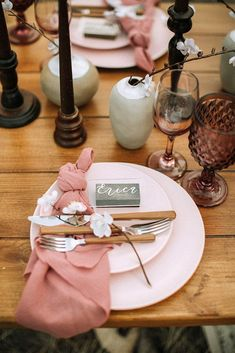 30 Popular Dusty Rose Wedding Ideas ❤ dusty rose wedding place setting with white flowers and napkin on wooden table from the daisies #weddingforward #wedding #bride #weddingdecor #dustyrosewedding