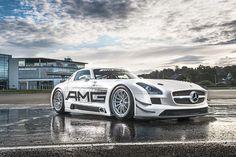 SLS AMG GT at Mercedes-Benz World