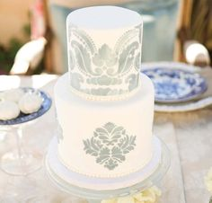 Pretty Stenciled White & Grey Cake
